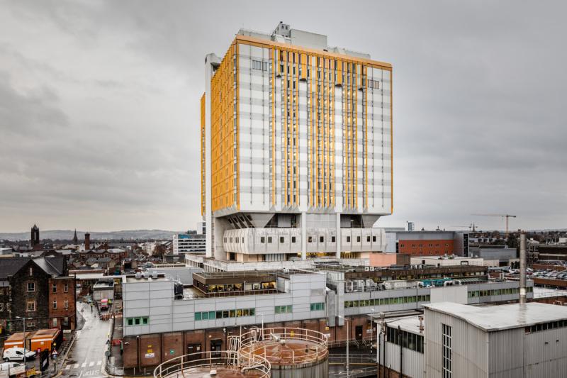 Belfast-city-hospital-exterior-pano